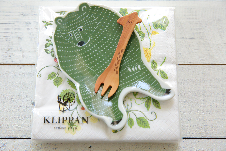 katakataクマ中皿+クリッパン ペーパーナプキン+キリンのフォーク