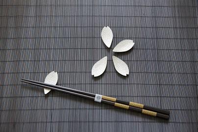 錫さくら箸置き+J-cocomo箸